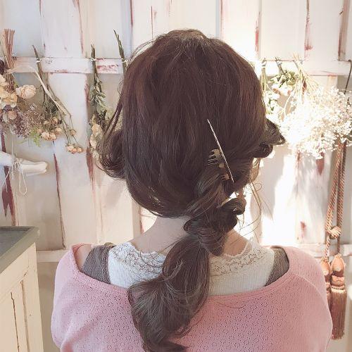 三つ編みおさげスタイル