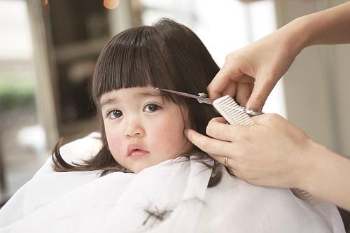 女の子のかわいいヘアスタイル