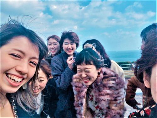 スタッフのみなさんで淡路島に社員旅行中のお写真
